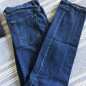 OLD NAVY size 6, curvy profile jean